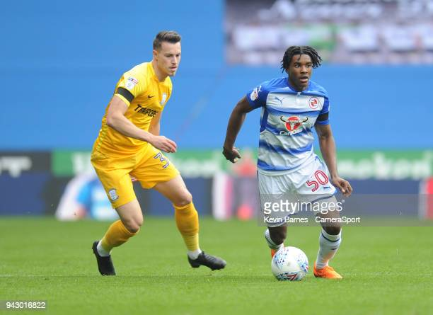 Reading's Omar Richards under pressure from Preston North End's Billy Bodin during the Sky Bet Championship match between Reading and Preston North...