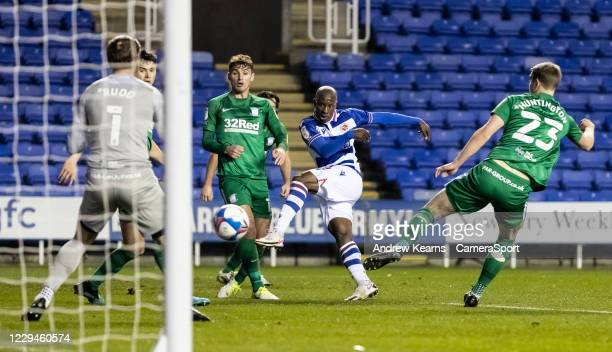 Reading's Sone Aluko shoots at goal during the Sky Bet Championship match between Reading and Preston North End at Madejski Stadium on November 4,...