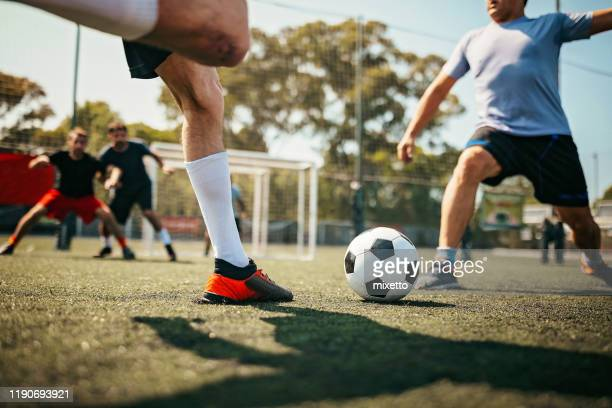 ready for a throw-in - shooting at goal stock pictures, royalty-free photos & images