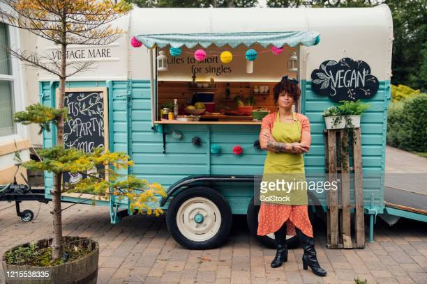 ready for business - food truck stock pictures, royalty-free photos & images