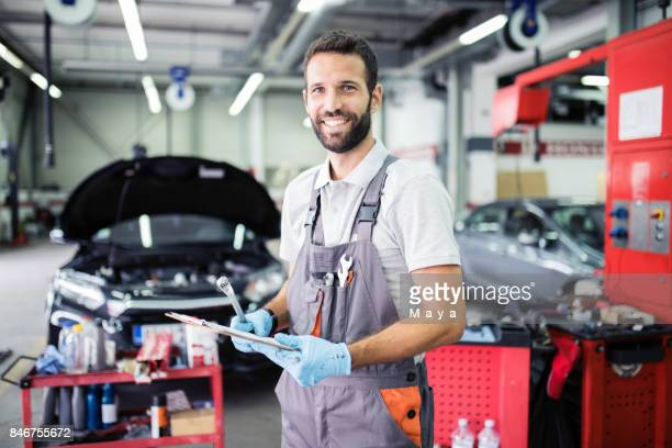 ready for help you - auto repair shop stock pictures, royalty-free photos & images