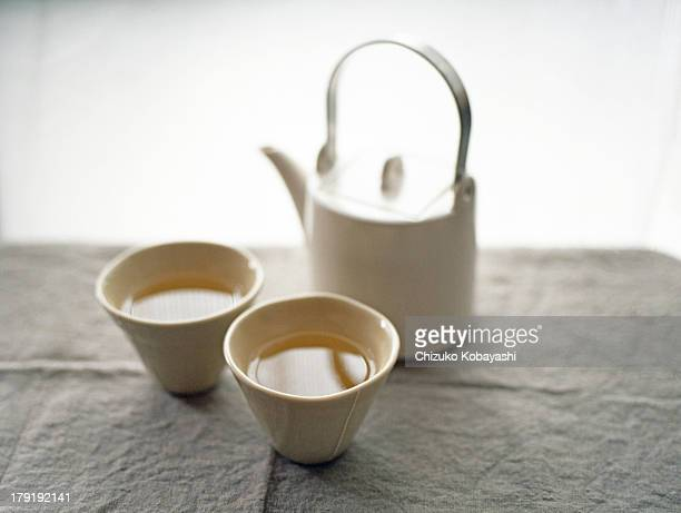 ready for tea - ティーポット ストックフォトと画像
