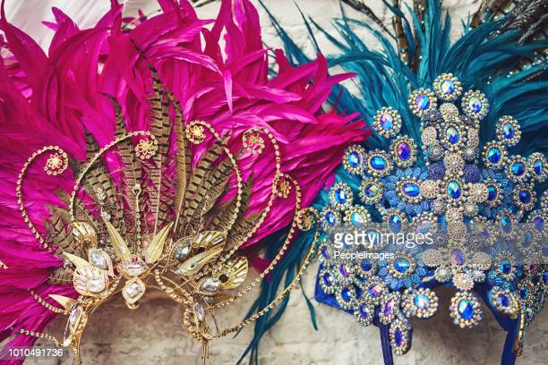 ready for the show - headdress stock pictures, royalty-free photos & images