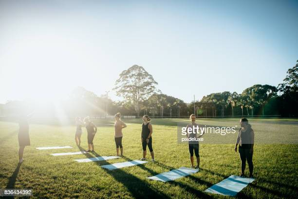 ready, set, glow - sports training stock pictures, royalty-free photos & images
