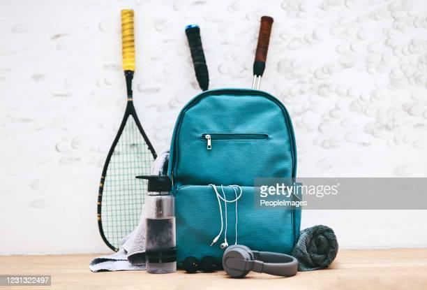 準備ができて、設定します。スカッシュ! - スポーツバッグ ストックフォトと画像