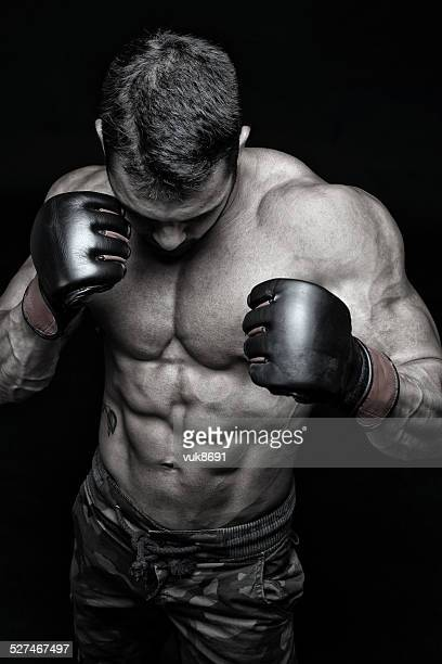 ready to fight - mixed martial arts stockfoto's en -beelden