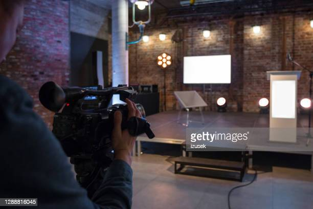 ready to online seminar - press conference stock pictures, royalty-free photos & images