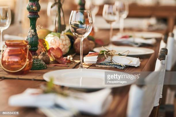 ready to serve lunch - outdoor party stock pictures, royalty-free photos & images