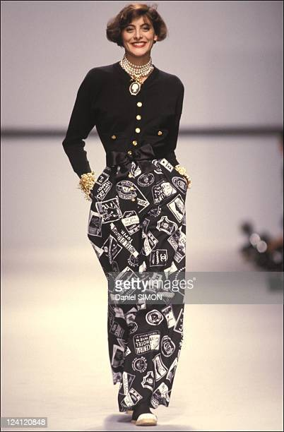 Ready to wear Spring Summer 1989 in Paris France in October 1988 Model Ines de La Fressange