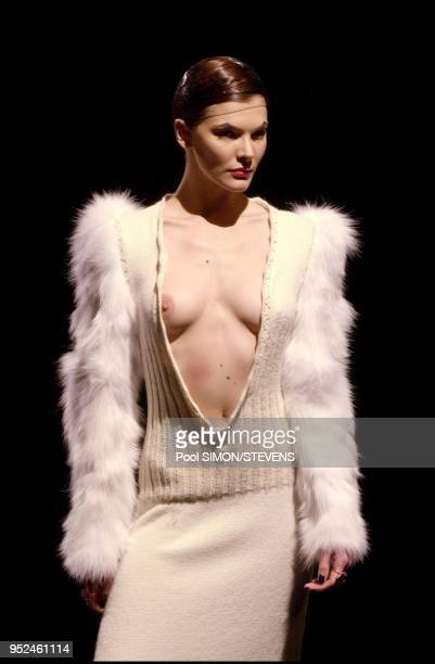 Readytowear FallWinter 20012002 Stella Cadente runway fashion show