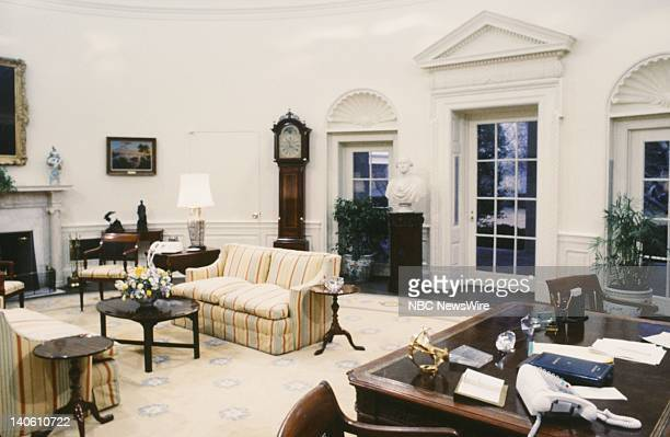 PAPER 'Reagan The First Hundred Days' Pictured The Oval Office in the White House during Ronald Reagan's administration on February 10 1981 in...