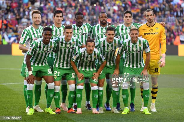 Real Betis players line up prior to the La Liga match between FC Barcelona and Real Betis Balompie at Camp Nou on November 11 2018 in Barcelona Spain