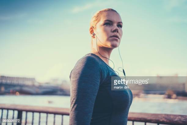 real body sportswoman in london - plus size model stock pictures, royalty-free photos & images