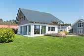 real estate home with garden meadow - Einfamilienhaus