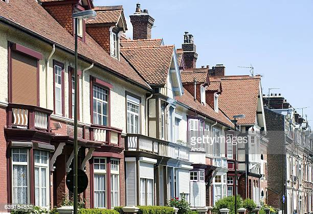 """Real estate in Amiens : beautiful semi-detached houses in the """"avenue d'Edimbourg"""", in the """"quartier des Anglais"""" , east of Amiens."""