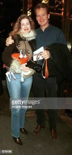 Real estate mogul Zack Bacon Jr and Diandra Douglas check into a hotel January 13 2001 in New York City