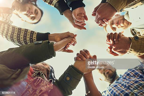 real friends are there when you need them - spirituality stockfoto's en -beelden