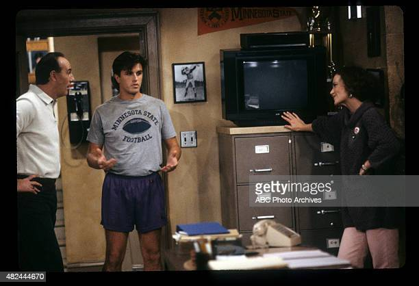 COACH A Real Guy's Guy Airdate October 25 1991 CAREY
