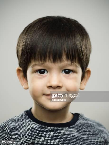 real kid with sweet smile - solo un bambino maschio foto e immagini stock