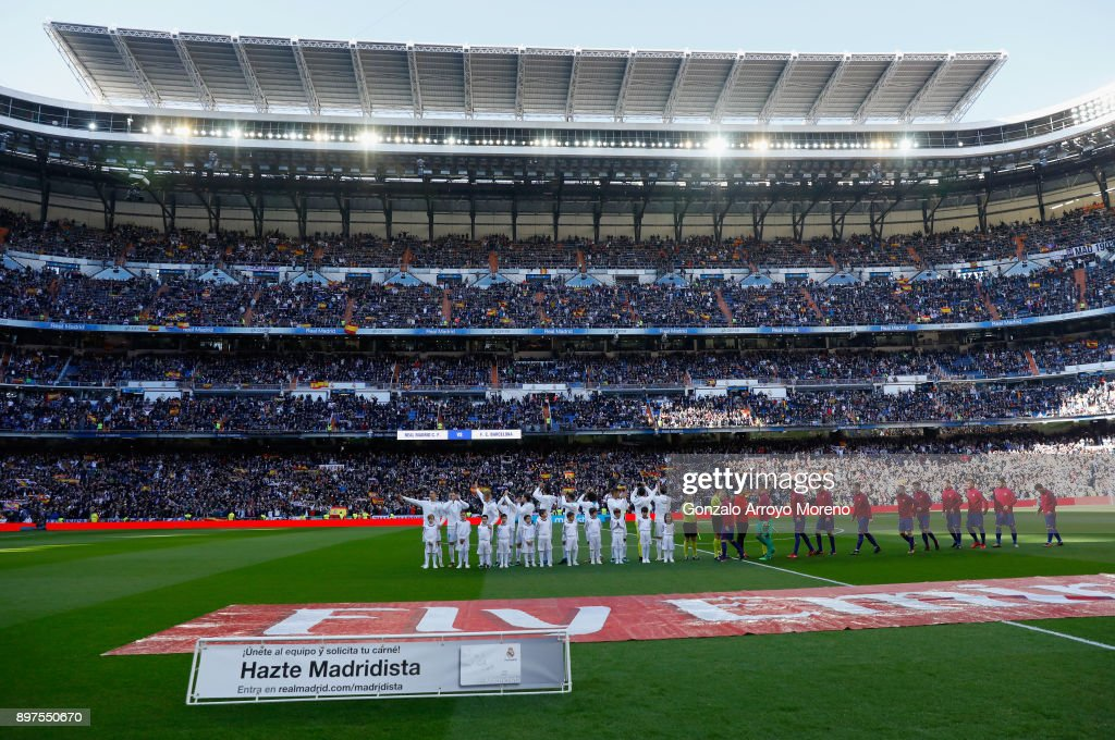 https://media.gettyimages.com/photos/real-madrid-and-barcelona-line-up-prior-to-the-la-liga-match-between-picture-id897550670?k=6&m=897550670&s=594x594&w=0&h=blFeFYfWoGXYHQi6JUBERcSy4GvDQAM2QDd8ZWmzfc4=