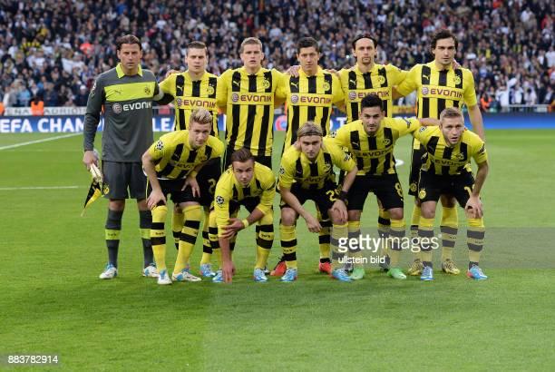 FUSSBALL CHAMPIONS Real Madrid Borussia Dortmund Teamfoto Borussia Dortmund hintere Reihe von links Lukasz Piszczek Sven Bender Robert Lewandowski...