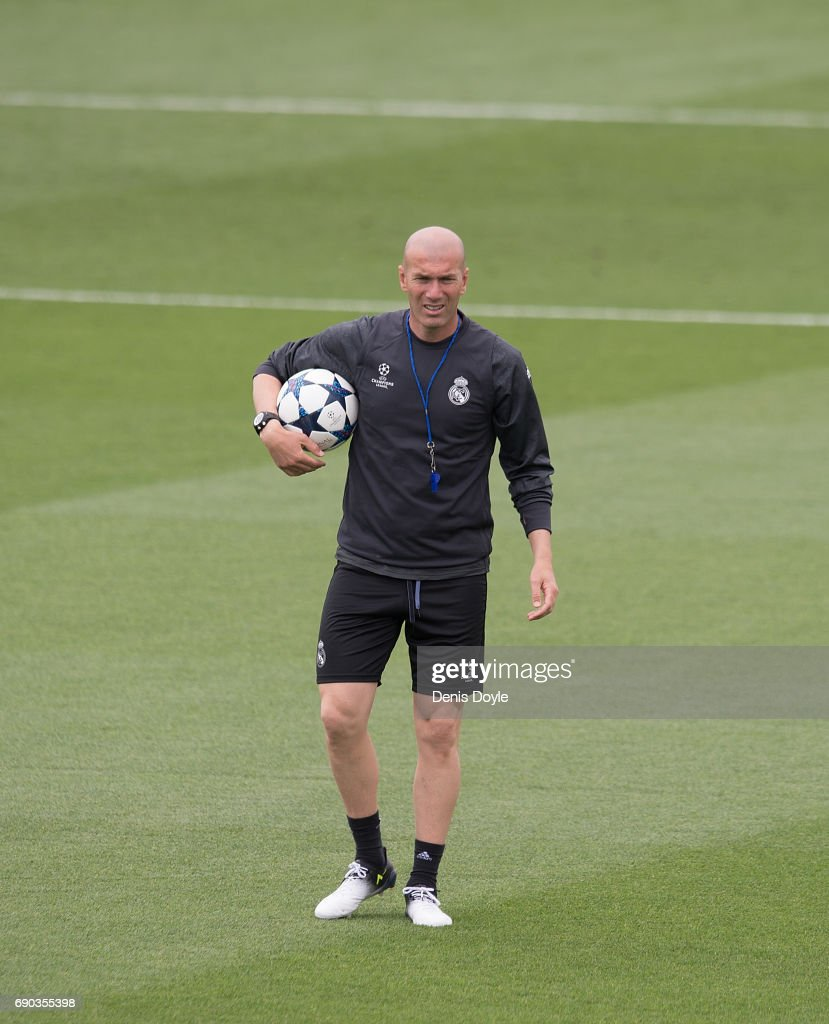 Real Madrid CF manager Zinedine Zidane looks on during the Real Madrid UEFA Open Media Day at Valdebebas training ground on May 30, 2017 in Madrid, Spain.