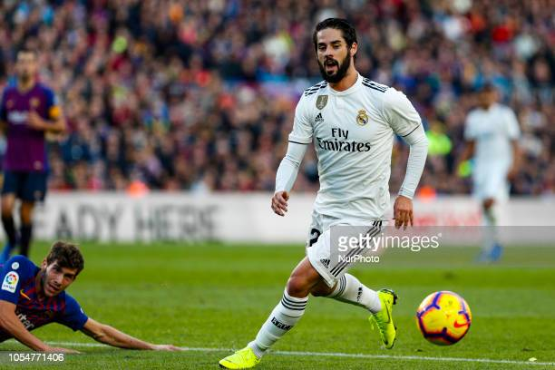 Real Madrid CF midfielder Isco during the match FC Barcelona against Real Madrid for the round 10 of the Liga Santander played at Camp Nou on 28th...