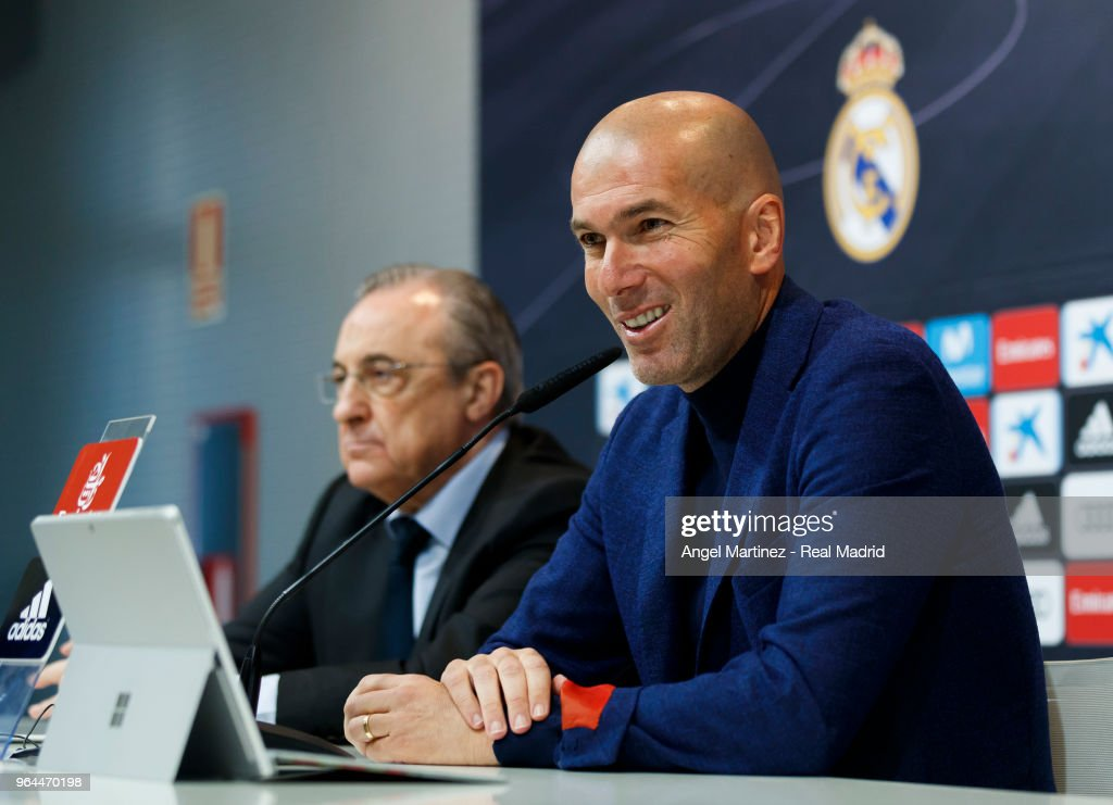 Zinedine Zidane Steps Down as Manager of Real Madrid : News Photo