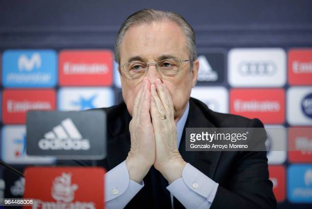 Real Madrid CF president Florentino Perez reacts as he listens to Zinedine Zidane during a press conference to announce his resignation as Real...