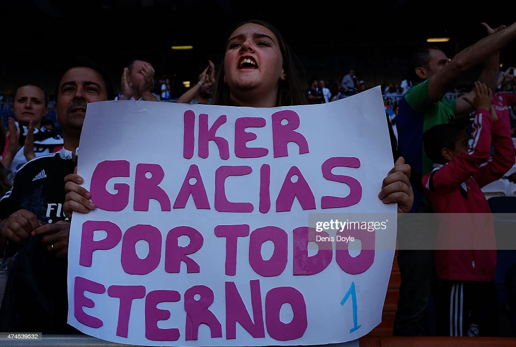 A Real Madrid fan holds up a message for Real's Iker Casillas during the La Liga match between Real Madrid CF and Getafe CF at Estadio Santiago Bernabeu on May 23, 2015 in Madrid, Spain.