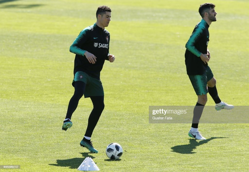 Portugal Training Session and Press Conference : News Photo