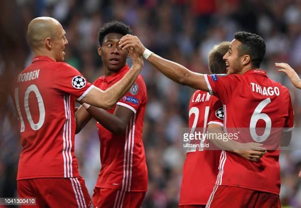 Real Madrid - FC Bayern Muenchen Torjubel: Arjen Robben, David Alaba, Philipp Lahm und Thiago Alcantara