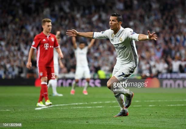 Real Madrid - FC Bayern Muenchen Torjubel: Cristiano Ronaldo bejubelt seinen Treffer