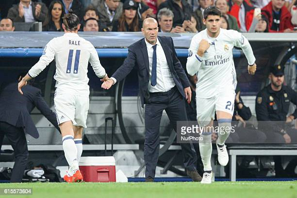 Real Madrid head coach Zinedine Zidane Gareth Bale of Real Madrid and Alvaro Morata of Real Madrid during the UEFA Champions League football match...