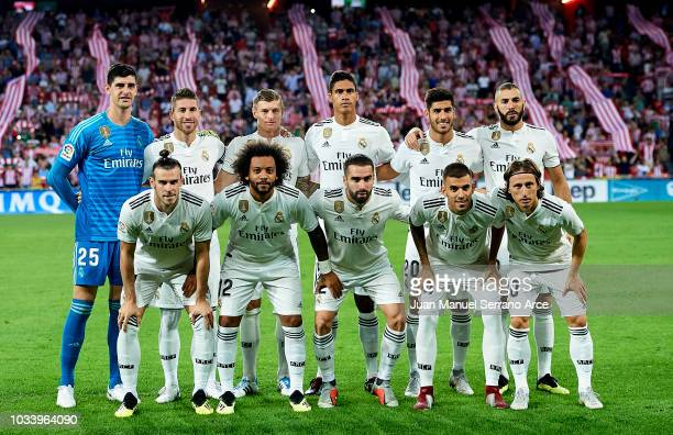 Real Madrid line up for a team photo prior to the La Liga match between Athletic Club Bilbao and Real Madrid at San Mames Stadium on September 15...