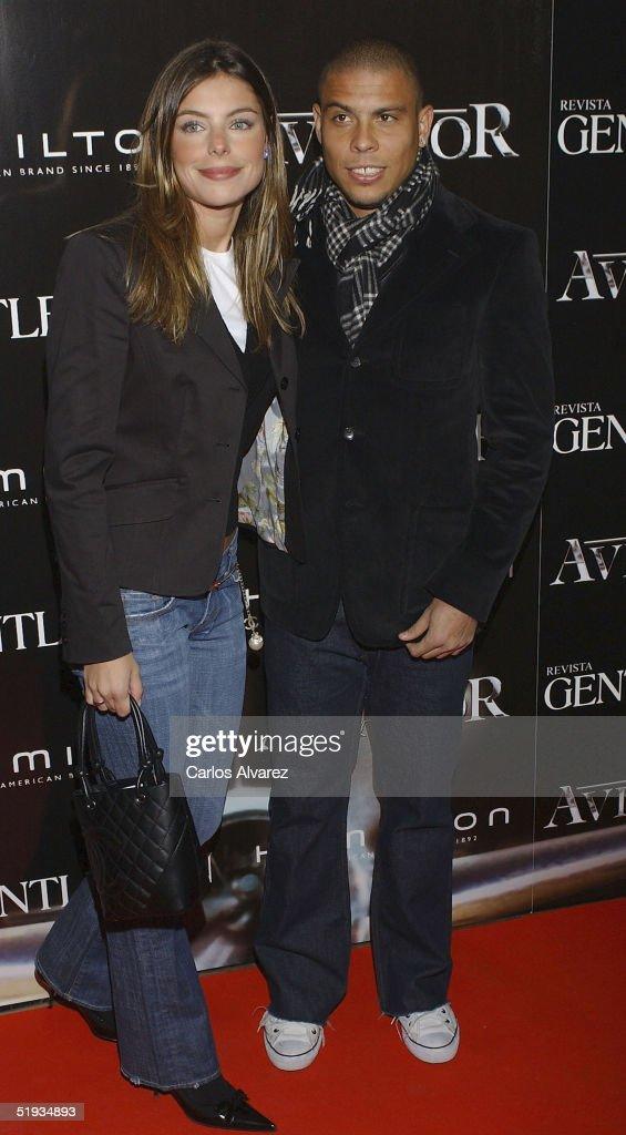 """The Aviator"" - Premiere : News Photo"