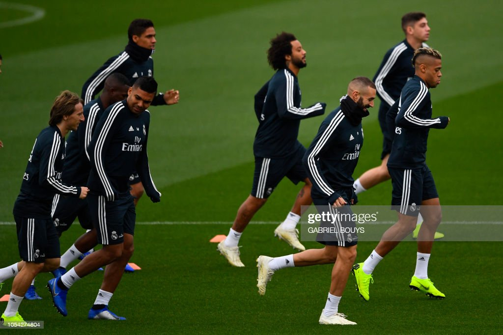 Real Madrid players attend a training session at the Ciudad Real ... 9fa1e05dc04ea