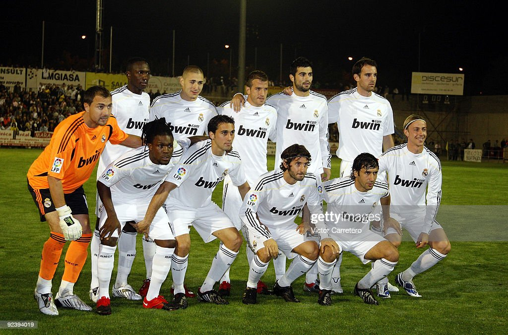 Real Madrid players line-up before the Copa del Rey match between AD Alcorcon and Real Madrid at Municipal de Santo Domingo on October 27, 2009 in Alcorcon, Spain.