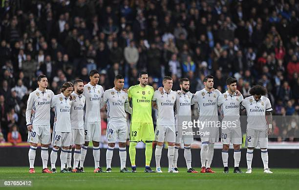 Real Madrid players line-up for the Copa del Rey Round of 16 First Leg match between Real Madrid and Sevilla at Bernabeu on January 4, 2017 in...