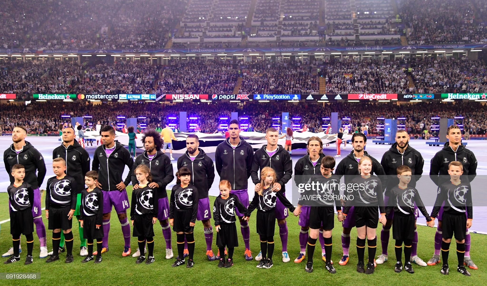 Hilo del Real Madrid - Página 3 Real-madrid-players-real-madrids-spanish-defender-sergio-ramos-real-picture-id691928468?s=2048x2048