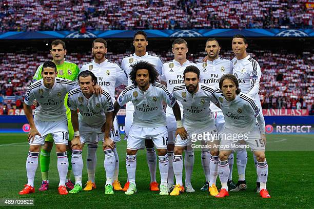 Real Madrid pose for a team photo during the UEFA Champions League Quarter Final First Leg match between Club Atletico de Madrid and Real Madrid CF...
