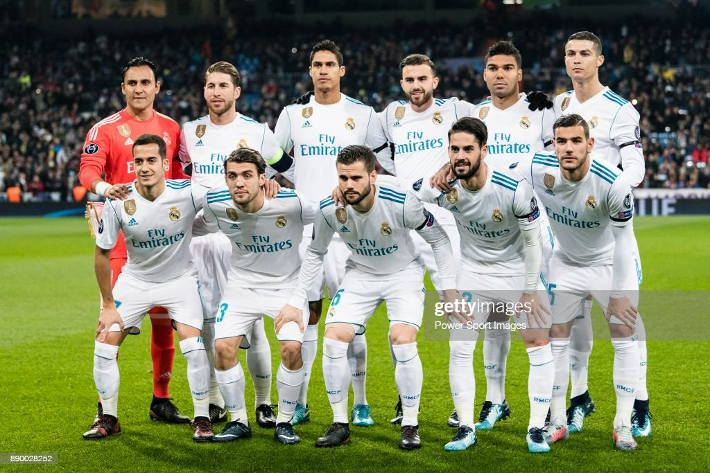 Real Madrid squad pose for team photo during the Europe Champions League 2017-18 match between Real Madrid and Borussia Dortmund at Santiago Bernabeu Stadium on 06 December 2017 in Madrid Spain.