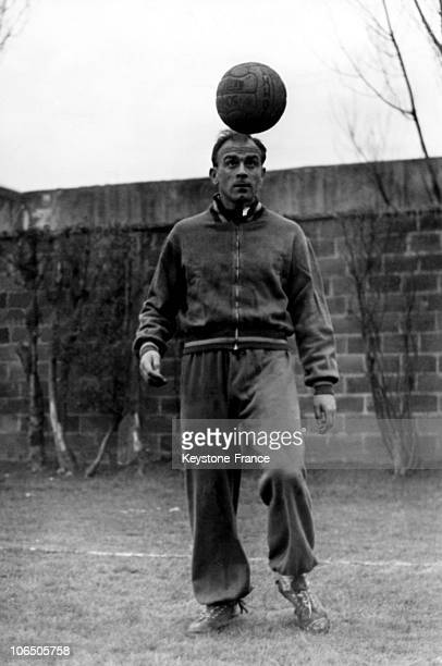 Real Madrid'S Argentinian Player Alfredo Di Stefano