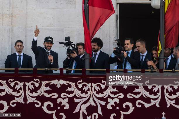 Real Madrid's basketball player Facundo Campazzo speaking on the balcony of Madrid's City Hall during the celebration with their fans for the victory...