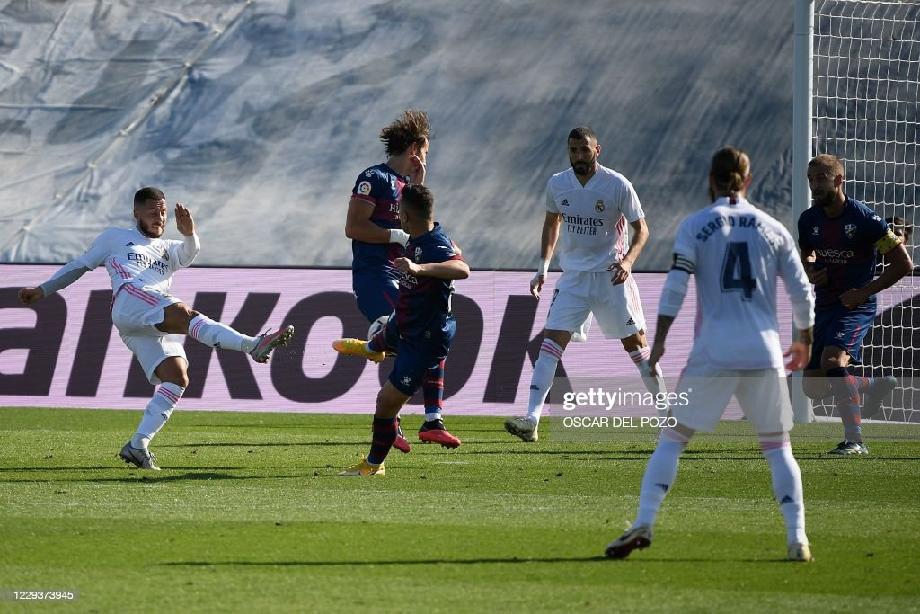FBL-ESP-LIGA-REAL MADRID-HUESCA : News Photo