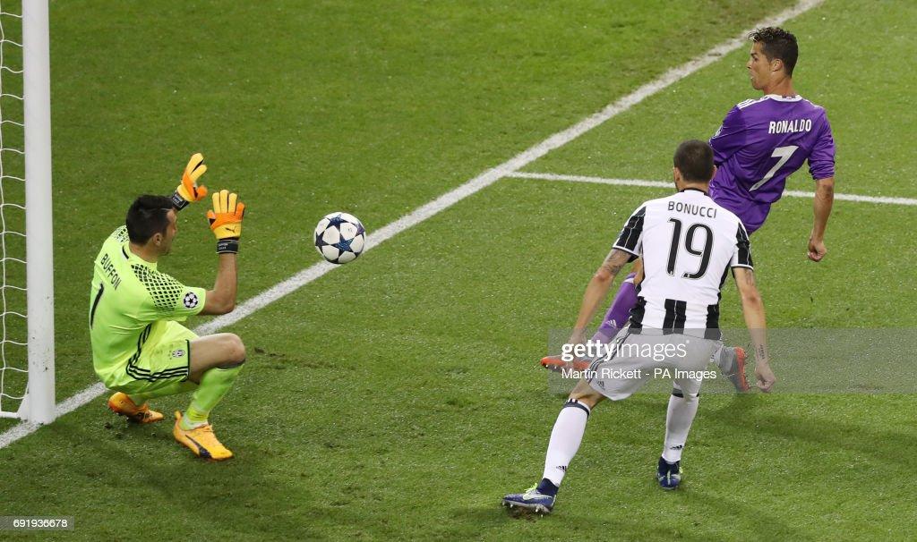 Juventus v Real Madrid - UEFA Champions League - Final - National Stadium : News Photo