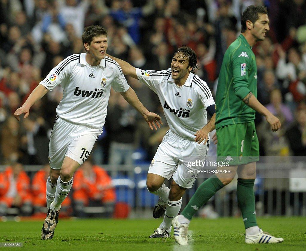 Real Madrid's Dutch forward Klaas Jan Hu : News Photo
