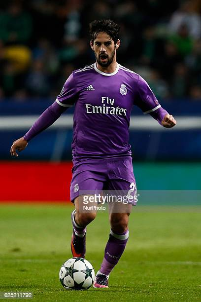 Real Madrid's midfielder Isco in action during Champions League 2016/17 match between Sporting CP vs Real Madrid in Lisbon on November 22 2016