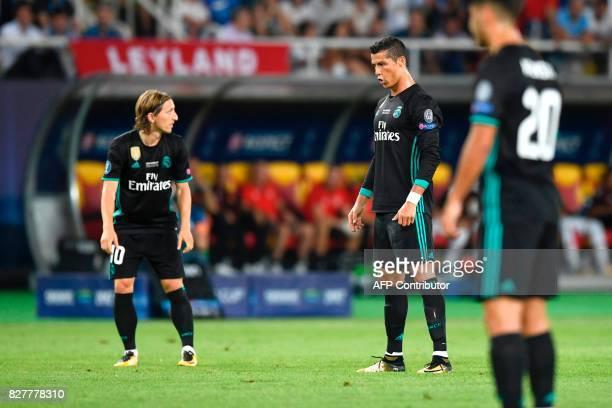TOPSHOT Real Madrid's Portuguese forward Cristiano Ronaldo prepares to kick a free kick during the UEFA Super Cup football match between Real Madrid...