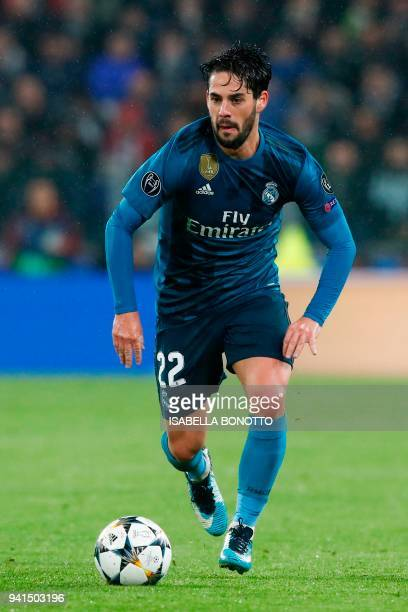 Real Madrid's Spanish midfielder Isco controls the ball during the UEFA Champions League quarter-final first leg football match between Juventus and...